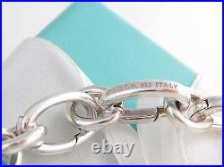 Brand New Tiffany & Co Silver Ovals Link Clasp Charm Bracelet 8.5 Inch Box