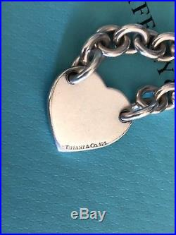 Return To Tiffany & Co. Sterling Silver Center Heart Tag Charm Bracelet 7 Long