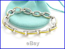 Tiffany & Co Silver Yellow Enamel Clasping Clasp Charm 7.875 Inch Bracelet