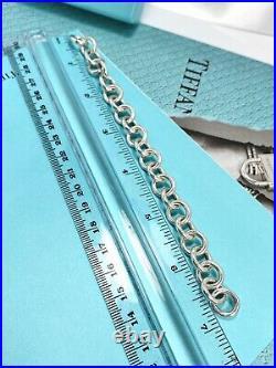 Tiffany & Co Sterling Silver Arc Padlock Lock Keyhole Oval Charm Bracelet 7